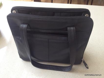 handbag iPad