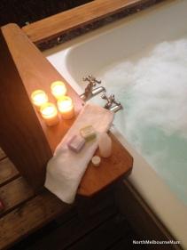 candles bubbles bath