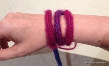 arm knitting cast on